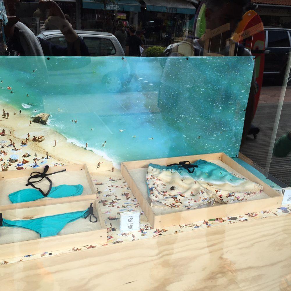 vitrine pull in sable & mer
